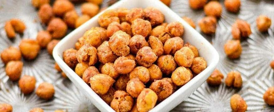 Easy And Crunchy Roasted Chickpeas