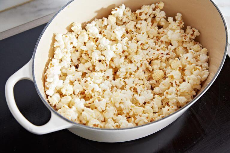 How To Make Popcorn With Butter